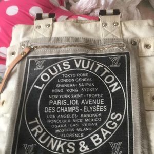 Handbags - Authentic trunk and bag